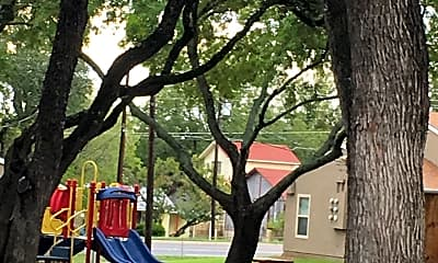 River Park Village East Apartments, 2