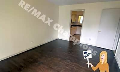 Living Room, 746 Fulton Ave, 0