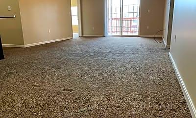 Living Room, 5280 Crabapple Dr, 0
