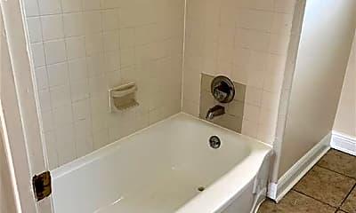 Bathroom, 5519 Mandeville St, 2