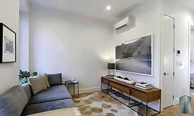 Living Room, 589 Hicks St, 1