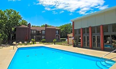 Pool, Park South, 2