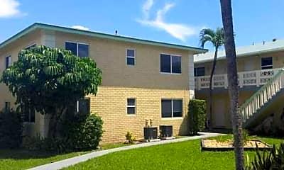 Pine Drive Villa Apartments, 1