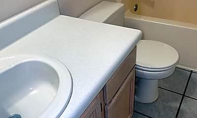 Bathroom, 12611 Meadson Rd, 2