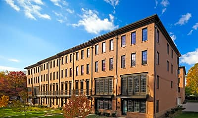 Building, 920 N Buchanan Ct, 1