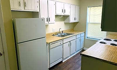 Kitchen, 68 Colonial Dr, 1