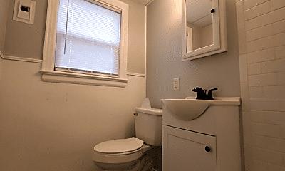 Bathroom, 221 S Knoblock St, 1