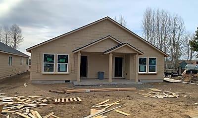 Building, 51575 Stillwell, 1