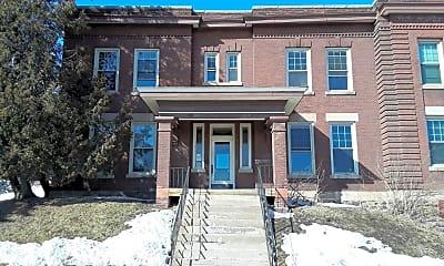 Building, 601 E 1st St, 1