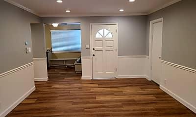Living Room, 1105 Nottingham Pl, 1