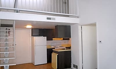 Kitchen, 119 W Clay St, 1
