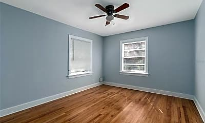 Bedroom, 1132 Crescent Lake Dr N, 2