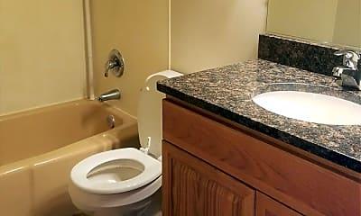 Bathroom, 2613 Skeels Ave, 2