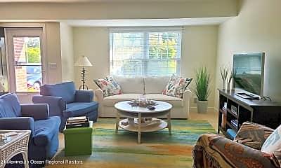 Living Room, 10 Magnolia Dr, 1