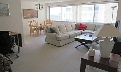 Living Room, 4515 Willard Ave 2215S, 0