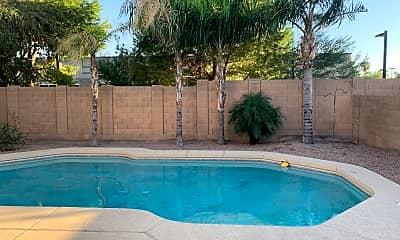 Pool, 447 W Calle Monte Vista, 2
