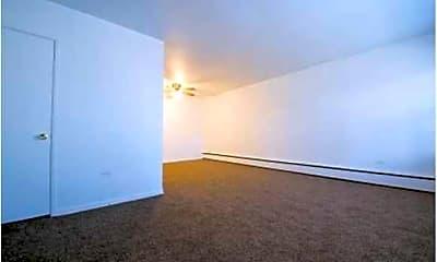 Living Room, 5018 W Jackson- Pangea Real Estate, 1