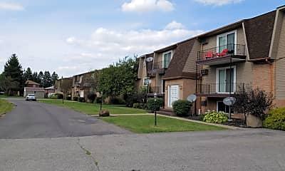 Locust Apartments, 2