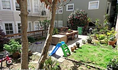 Living Room, 1456 Sacramento St, 2