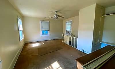 Living Room, 1331 Grothe St, 2
