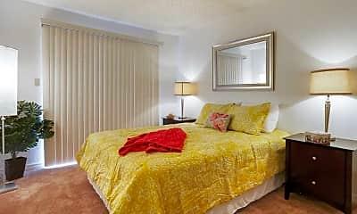 Bedroom, Glen Oaks Apartments, 2