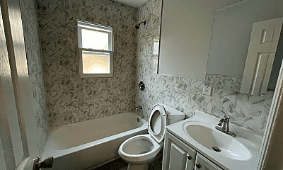 Bathroom, 128 Columbia Ave, 1