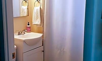 Bathroom, 23 Roundy St 1, 2