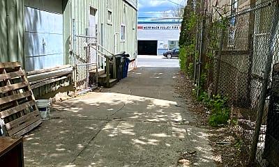 Patio / Deck, 50 Hilldale Ave, 2