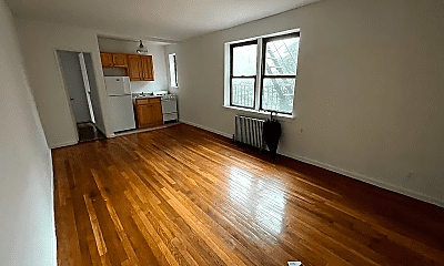 Living Room, 91 Woodruff Ave, 0