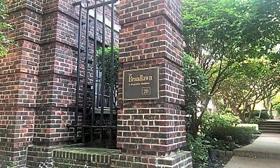 Broadlawn Apartments, 1
