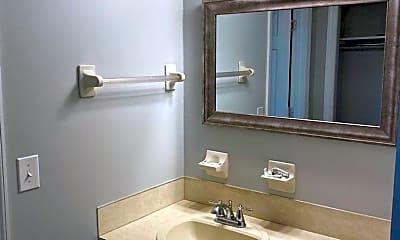 Bathroom, 104 Cherry Hill Ave, 2