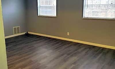 Bedroom, 4400 Kanawha Turnpike, 1
