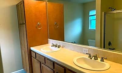 Bathroom, 3130 Sinaloa Trail, 2