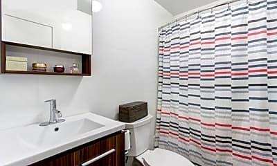 Living Room, 394 Quincy St, 2