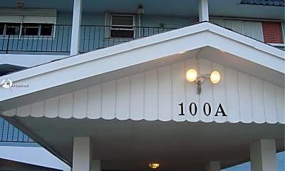 Building, 100 Shore Ct 106, 2