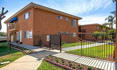 Building, 218 W Clemmens Ln, 1