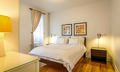 Bedroom, 90 Thompson St E3, 1