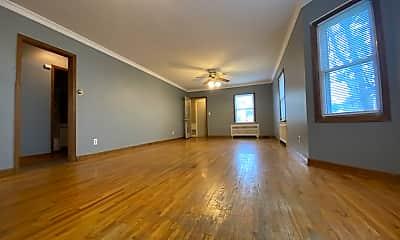 Living Room, 19 7th Ave NE, 1