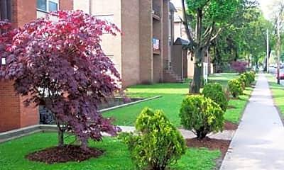 150 High Street Gardens, 1