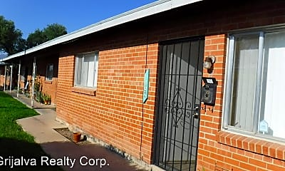 Building, 1273 E Glenn St, 0