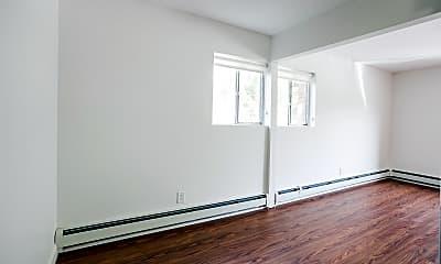 Bedroom, 666 Parker St, 1