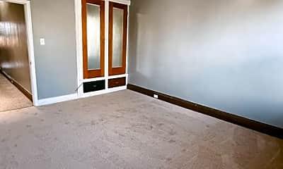 Bedroom, 437 N Luzerne Ave, 2