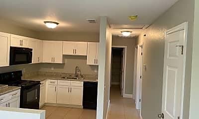 Kitchen, 3035 St Paul Dr, 1