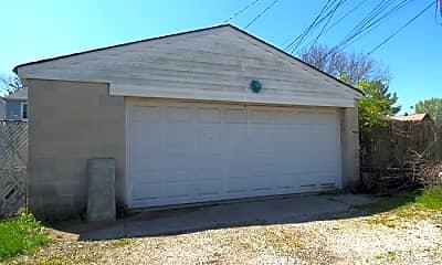 Building, 342 E Morrill Ave, 2