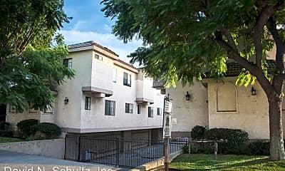 Building, 1324 Elm Ave, 1