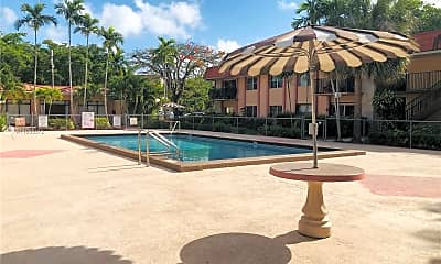Pool, 10477 SW 108th Ave 126, 2