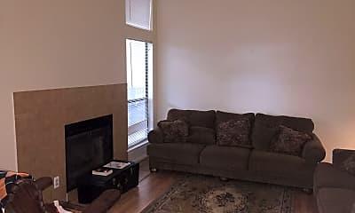 Living Room, 1906 Robbins Pl, 1