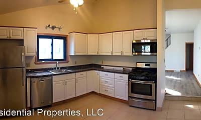Kitchen, 1000 Evergreen Rd, 1