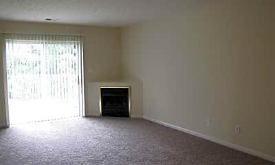 Living Room, White Oak Park Apartments, 2
