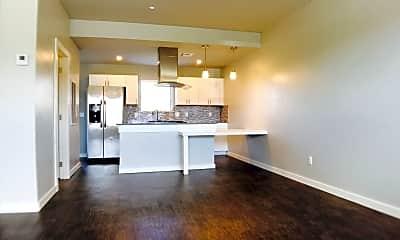 Living Room, 9301 N County Line Rd, 1